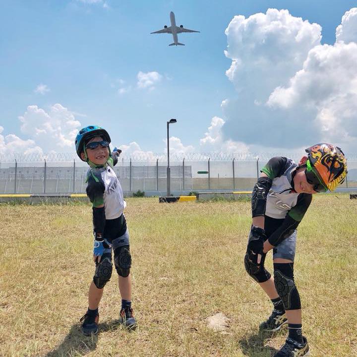 除了競賽訓練外,教練亦會不定期轉換訓練地點,讓小朋友探索更多不同地方